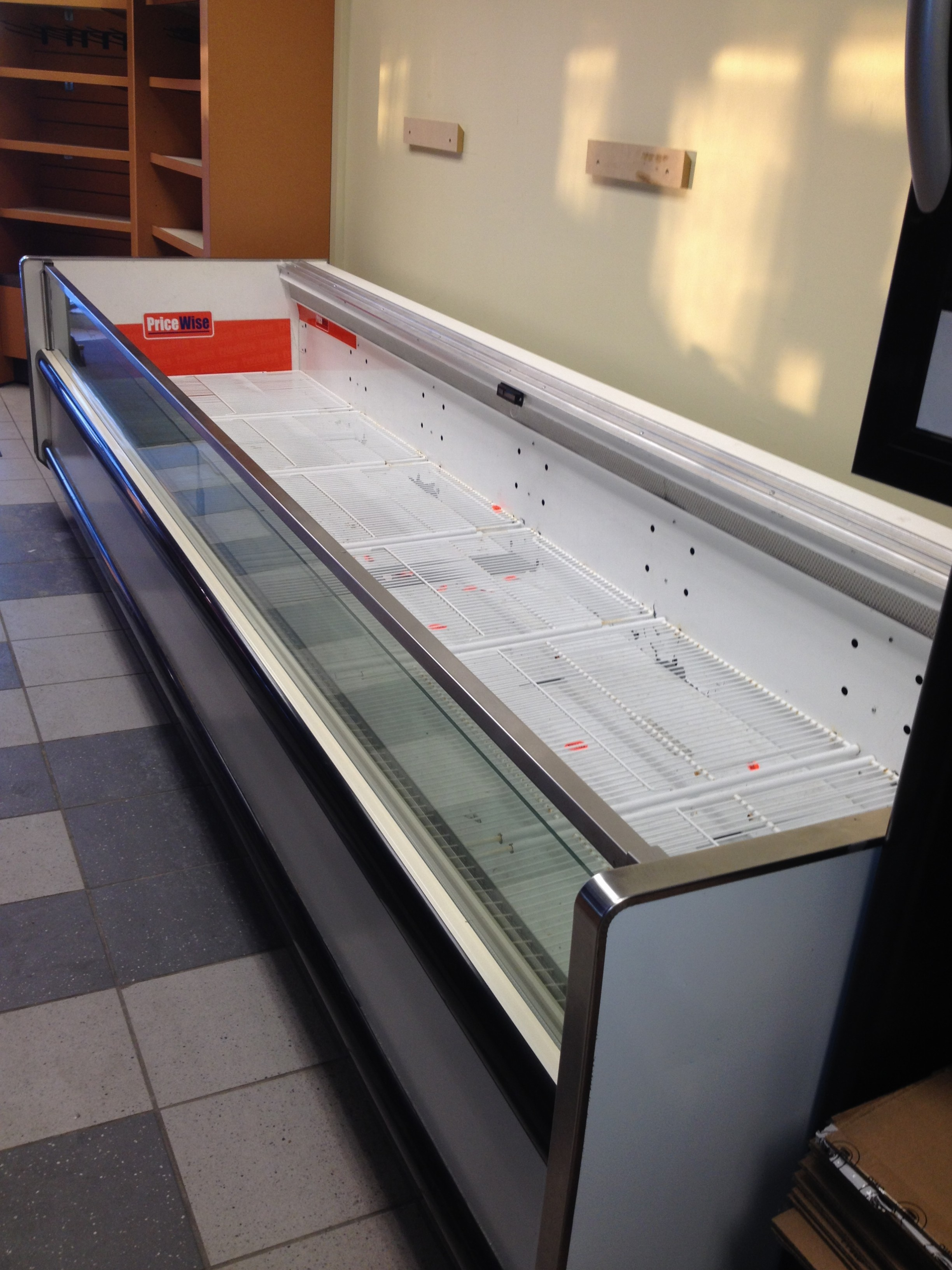 Hussman open display freezer